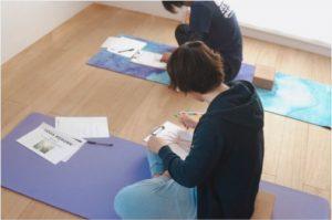 yogareborn2018.11.25,ヨガリボーン,アートセラピー,バウムテスト-3